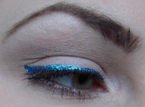 blue_glitter3